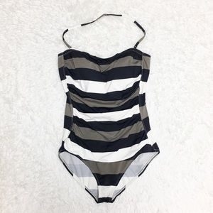 ➕ Tommy Bahama Striped One Piece Swimsuit 10C